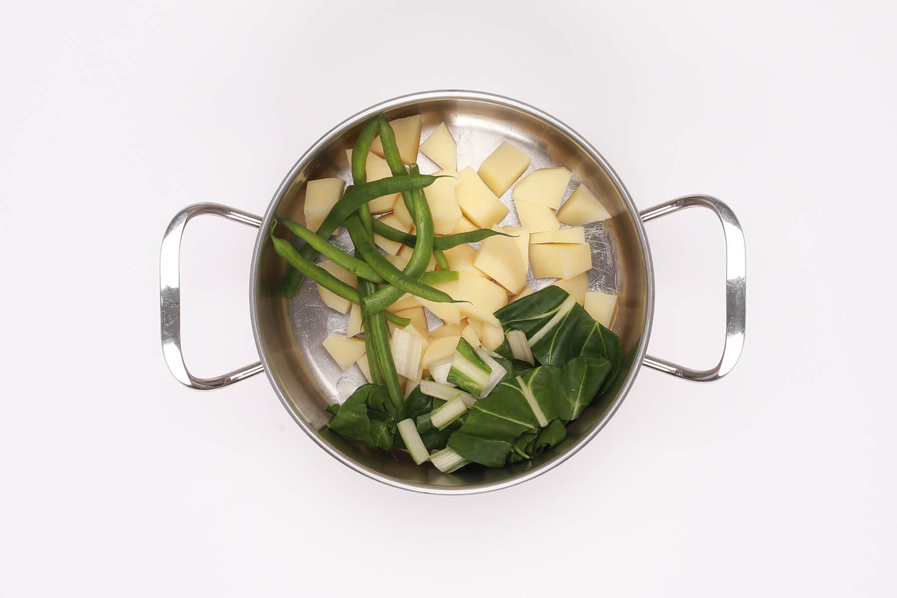 Bollire verdure Ricetta pizzoccheri con coste - Ricette Pizzoccheri